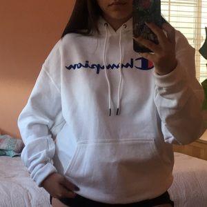 NWOT White champion hoodie